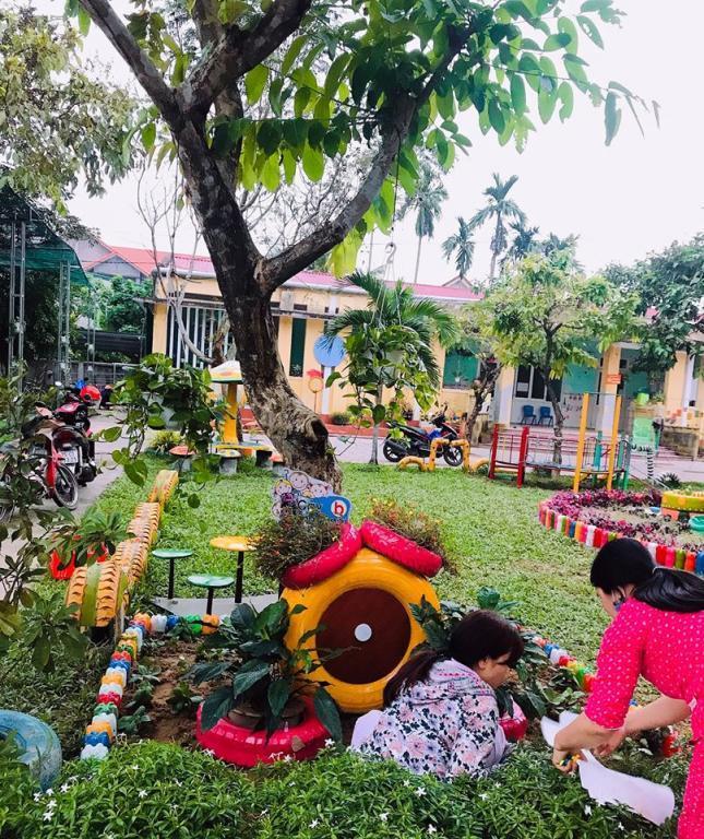 Trường mầm non Phong Hiền I: Phát động phong trào thi đua làm đồ dùng đồ chơi chào mừng Ngày Nhà giáo Việt Nam 20/11/2019