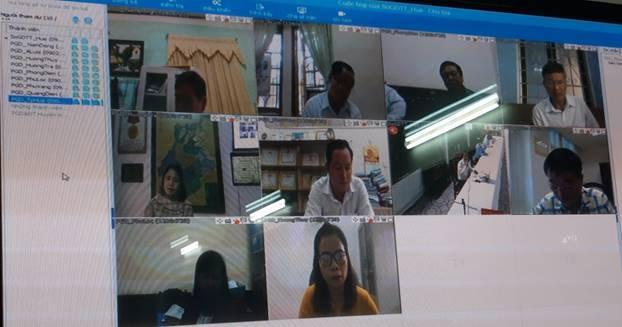 Họp giao ban trực tuyến với Trưởng Phòng GD&ĐT các huyện, thị xã và thành phố