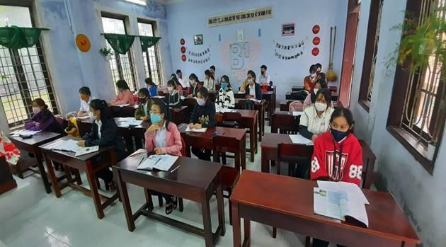 Tỷ lệ học sinh đến trường tăng 2% so với ngày đầu tiên trở lại trường sau thời gian tạm nghỉ để phòng, chống dịch COVID-19