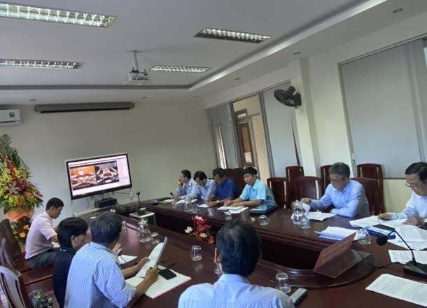 Sở Giáo dục và Đào tạo Thừa Thiên Huế họp trực tuyến về một số nhiệm vụ đẩy mạnh triển khai thực hiện chương trình GDPT 2018 và sách giáo khoa mới do Bộ Giáo dục và Đào tổ chức