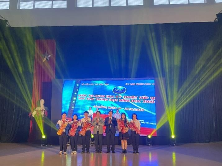 Bế mạc cuộc thi khoa học - kỹ thuật dành cho học sinh trung học tỉnh Thừa Thiên Huế năm học 2020 - 2021