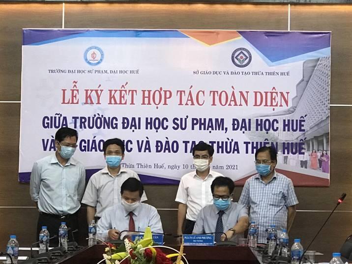 Ký kết hợp tác toàn diện giữa  trường ĐHSP Huế và Sở GD&ĐT Thừa Thiên Huế về công tác đào tạo, bồi dưỡng đội ngũ giáo viên và CBQL giáo dục đáp ứng đổi mới giáo dục